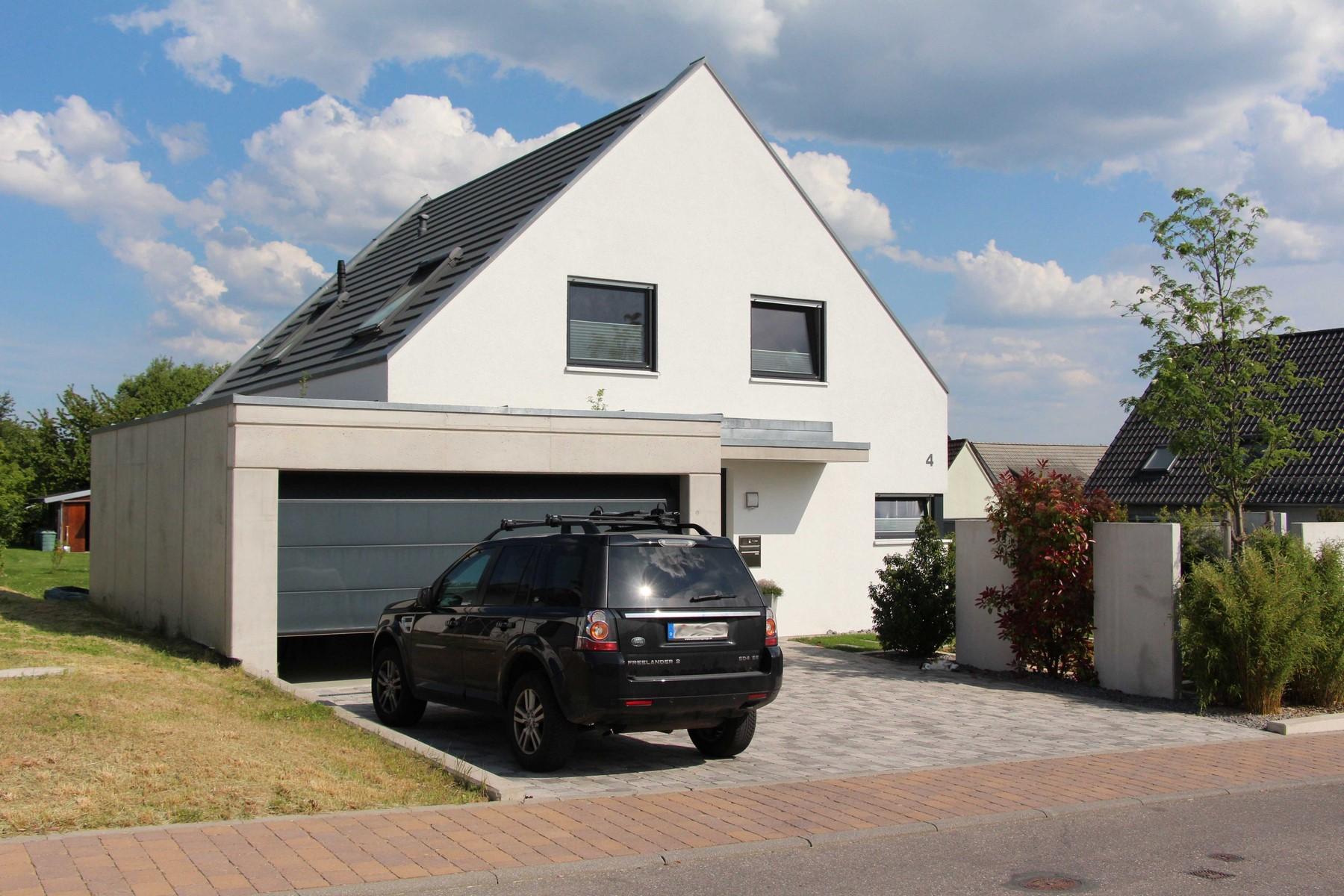 Einfamilienhaus mit doppelgarage  Joachim-Kuenzel | Neubau · Umbau · Ausbau · Sanierung